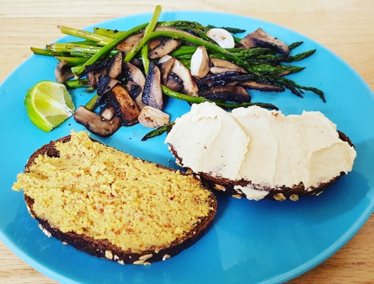 asparagus-portabella-toasts